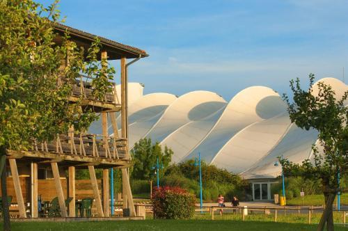 Résidence Pierre & Vacances Les Rives de la Seugne : Guest accommodation near Archiac