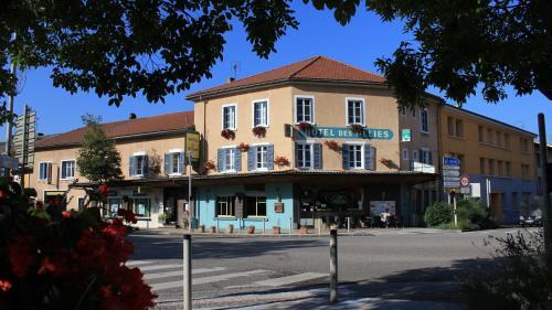 Hôtel Des Alliés : Hotel near Varambon