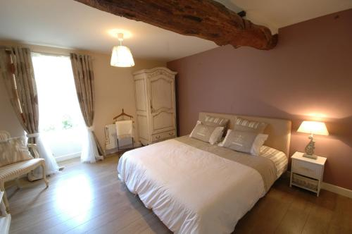 Heart of Chablis : Bed and Breakfast near La Chapelle-Vaupelteigne