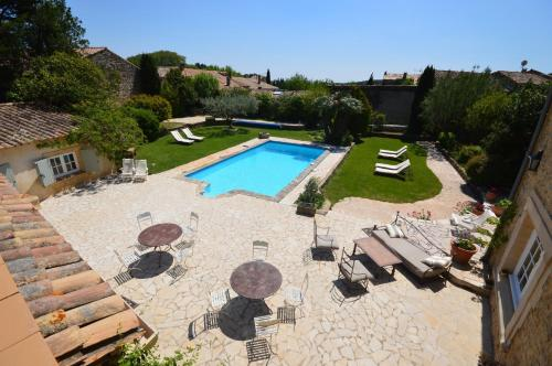 B&B Le Mas D'Orsan : Bed and Breakfast near Chusclan