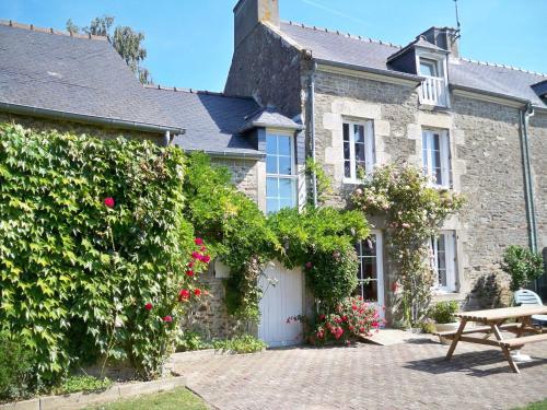 Gite de La Caminais : Guest accommodation near Pleurtuit