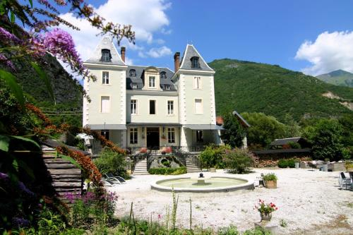 Chateau Serre Barbier : Guest accommodation near Izaourt
