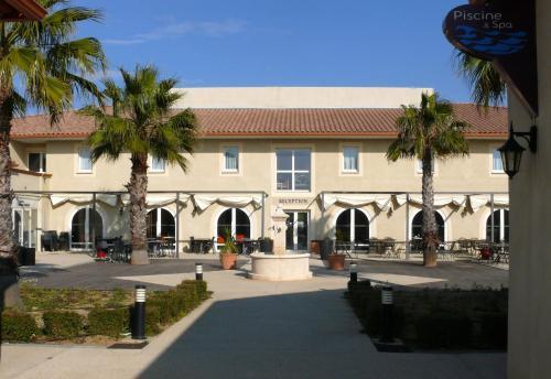 Hôtel Jasses de Camargue : Hotel near Codognan