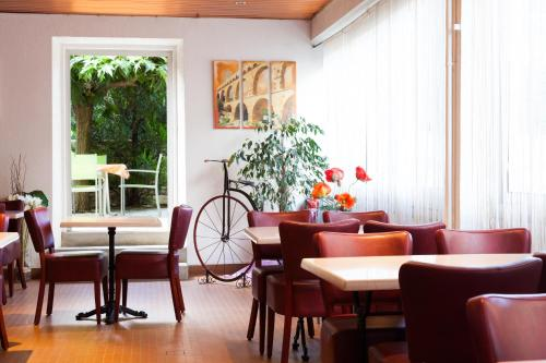Le Saint Georges : Hotel near Bagnols-sur-Cèze