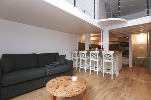 Close to the Palace Quartier St Louis : Apartment near Guyancourt