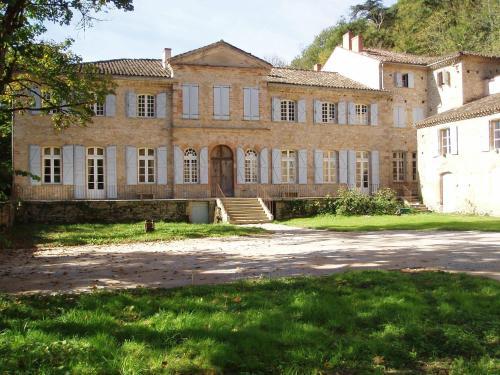 Chateau de la Vère : Guest accommodation near Bioule