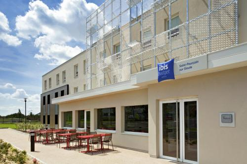 ibis budget Saint Pourcain : Hotel near Sorbier