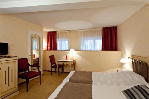 Hôtel du Parc : Hotel near Villeurbanne
