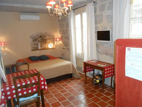 La DorDine P'tits Gîtes : Apartment near Lézignan-la-Cèbe