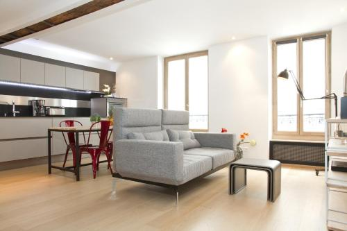 Private Apartment - St. Germain - Mabillon : Apartment near Paris 6e Arrondissement