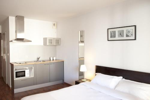 Ruby Suites Quartier Les Halles by Popinns : Guest accommodation near Schiltigheim