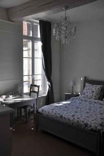 B&B Le Relais des Saints Pères : Bed and Breakfast near Champs-sur-Yonne