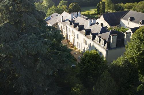 Hotel The Originals Le Domaine de Mestré (ex Relais du Silence) : Hotel near Les Trois-Moutiers