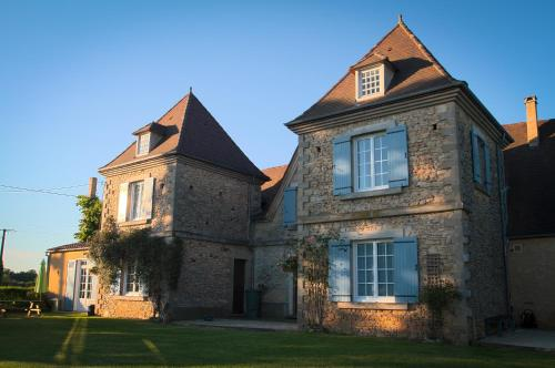 Chambres d'Hotes Le Chevrefeuille : Bed and Breakfast near Meyrals