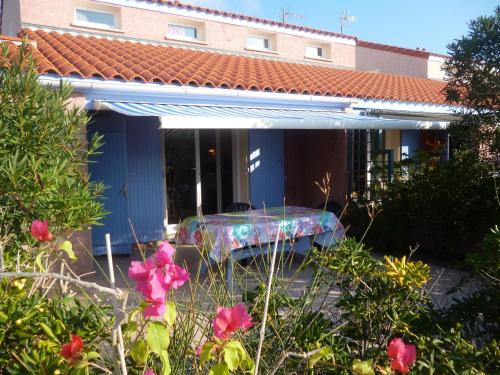 Les Bastides du Cap : Guest accommodation near Saint-Hippolyte