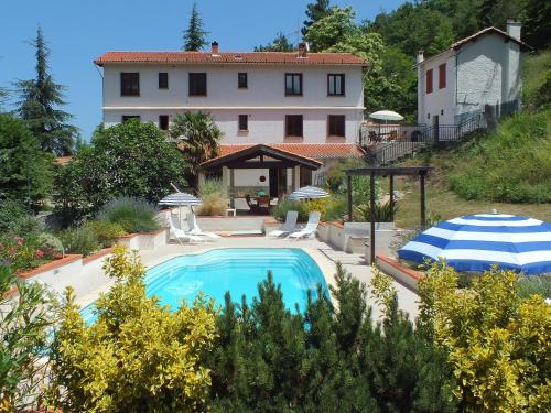 Gites La Chataigneraie : Guest accommodation near Conat
