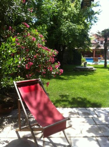 La Cathare : Bed and Breakfast near Luc-sur-Orbieu