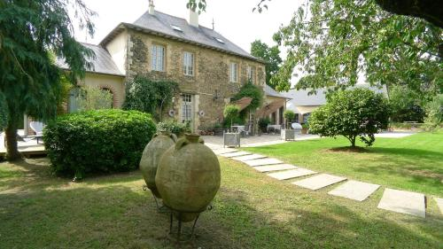 Les Demeures de Marie : Bed and Breakfast near La Chapelle-Thouarault