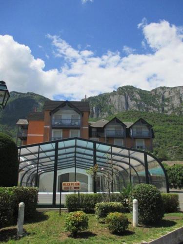 Hôtel Chez Pierre d'Agos : Hotel near Agos-Vidalos