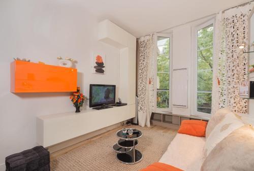 Marais : Apartment near Paris 4e Arrondissement