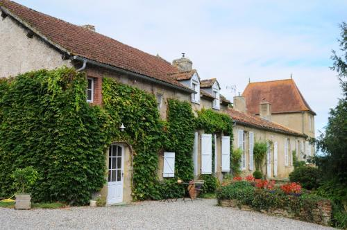 Au Château Juillac : Bed and Breakfast near Auriébat