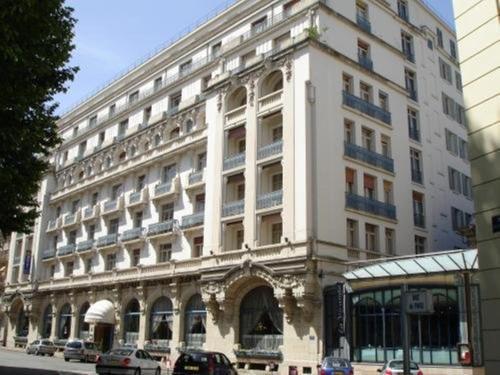 Hôtel Aletti Palace : Hotel near Mazerier