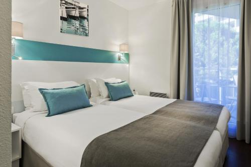 Citadines Castellane Marseille : Guest accommodation near Marseille 8e Arrondissement