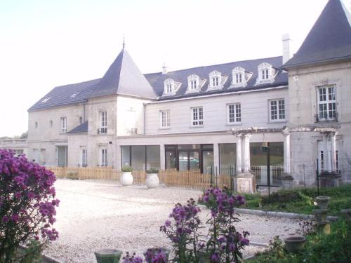 Top' Meublés Locations : Apartment near Valescourt