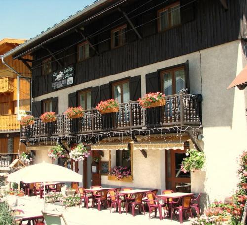 Hôtel Le Lievre Blanc : Hotel near Vars