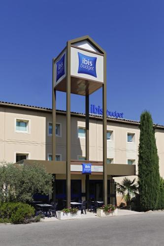 ibis Budget Aix Le Canet : Hotel near Châteauneuf-le-Rouge
