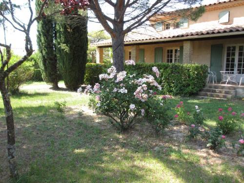 Villa Sainte-Garde : Bed and Breakfast near Saint-Didier