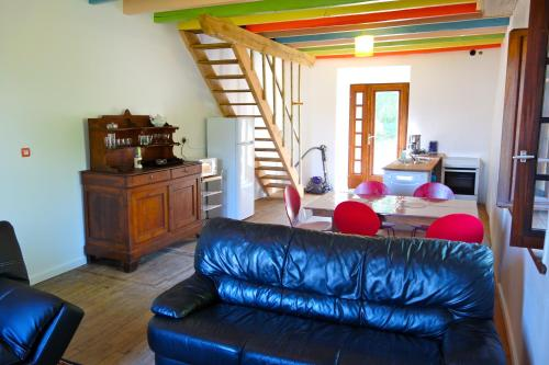 Couleurs du Daumail : Guest accommodation near Les Cars