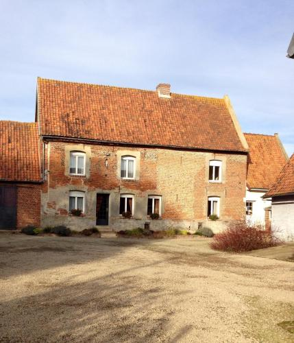 Au repos du roi : Bed and Breakfast near Hernicourt