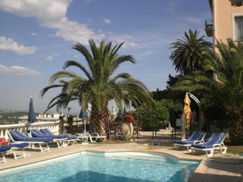 Miramar : Hotel near La Gaude