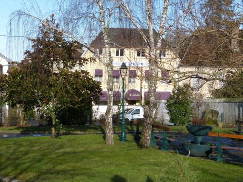 Le Relais : Hotel near Saint-Aubin-sur-Yonne