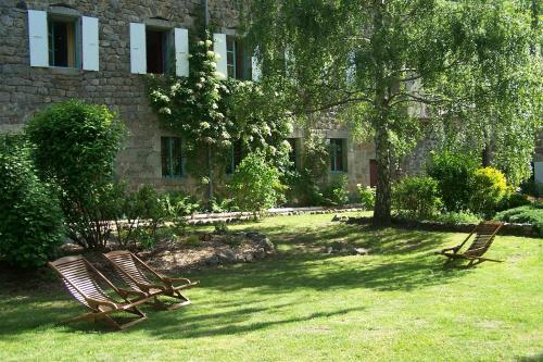 Domaine de Salomony : Guest accommodation near Le Chambon