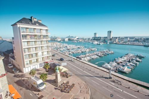 Ambassadeur Hotel - Cherbourg Port de Plaisance : Hotel near Siouville-Hague