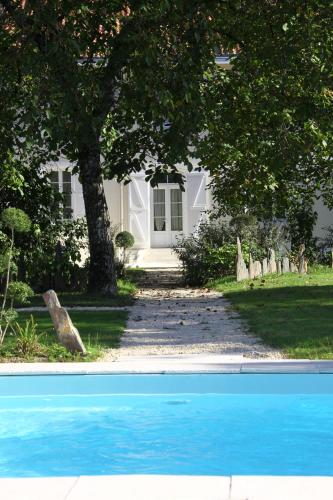 Maison d'Hôtes Lassaubatju : Bed and Breakfast near Classun