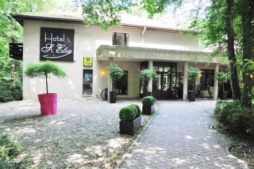 Logis Hôtel Saint Eloy : Hotel near Évrange