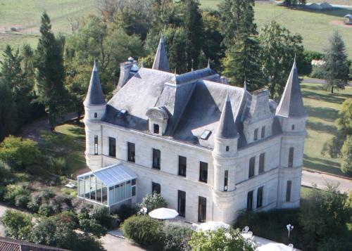 Chateau Camiac : Hotel near Lignan-de-Bordeaux