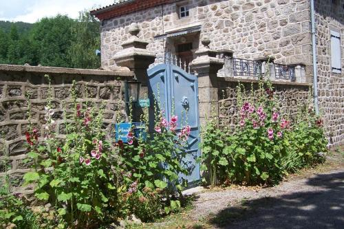 Salomony Chambre d'Hôtes : Bed and Breakfast near Saint-Andéol-de-Fourchades