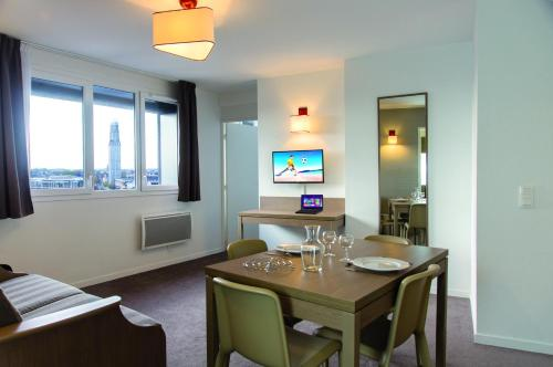 Appart'City Amiens Gare Cathédrale : Guest accommodation near Allonville