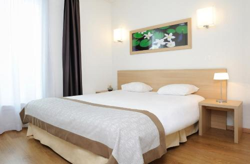 Residhome Clermont Ferrand Gergovia : Guest accommodation near Pérignat-sur-Allier