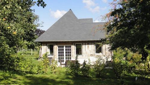 Le Petit Pressoir : Guest accommodation near Gonneville-sur-Honfleur