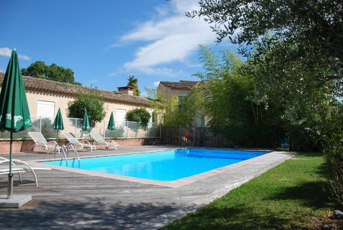 Hotel The Originals Toulouse Nord Le Barry (ex Inter-Hotel) : Hotel near Castelginest