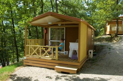 Le Bourdieu : Guest accommodation near Saint-Amans