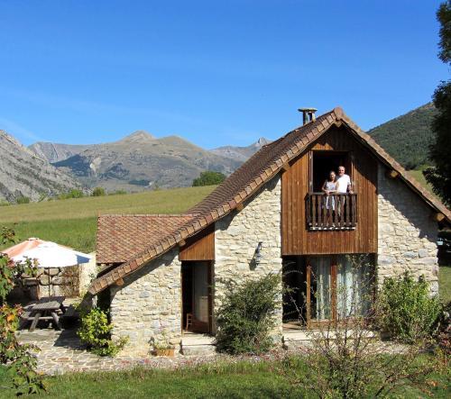 Gite Le Clos de Lumière : Guest accommodation near La Roche-des-Arnauds