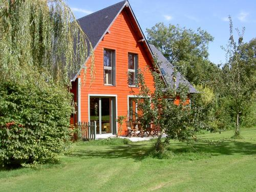 Apihome : Bed and Breakfast near Équemauville