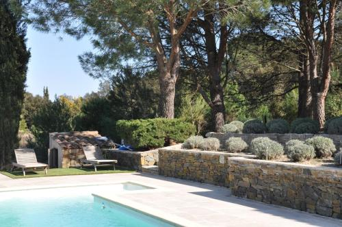 Villa Le Bastidou : Guest accommodation near Le Plan-de-la-Tour