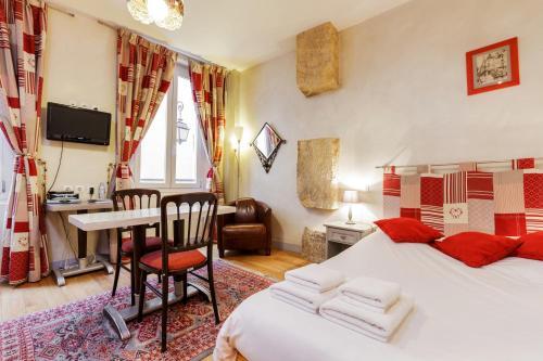 Appartement Vertus : Apartment near Paris 3e Arrondissement